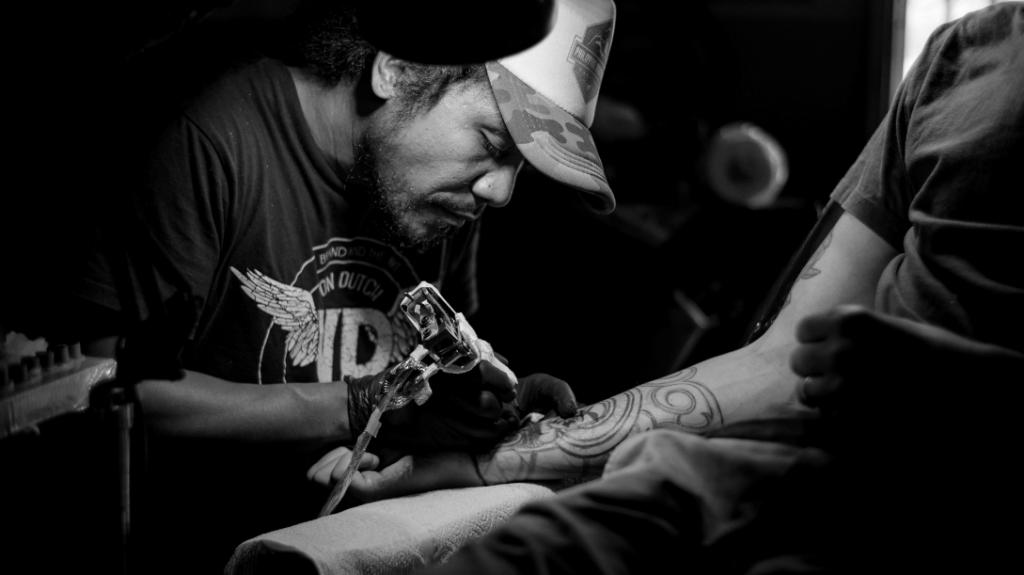 Современная работа над тату