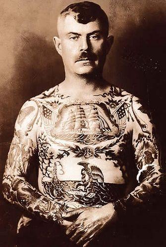 Татуированный мужчина 1920-е годы